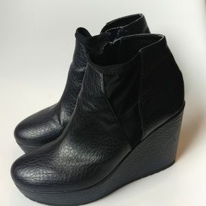 💙Simply Vera Wang wedge platform ankle boots